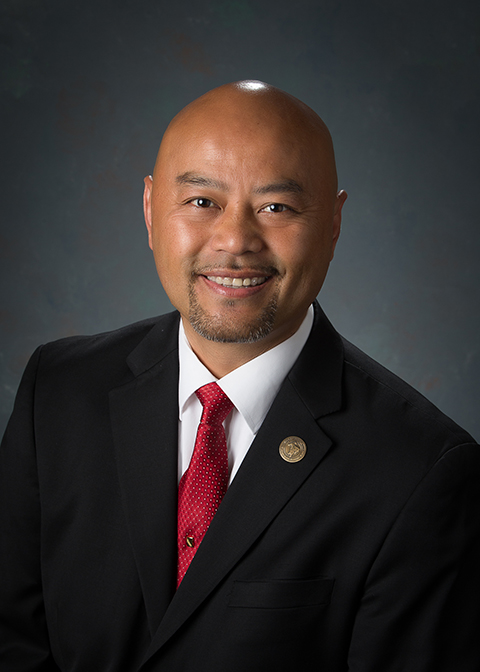 An image of Councilmember Vong Mouanoutoua